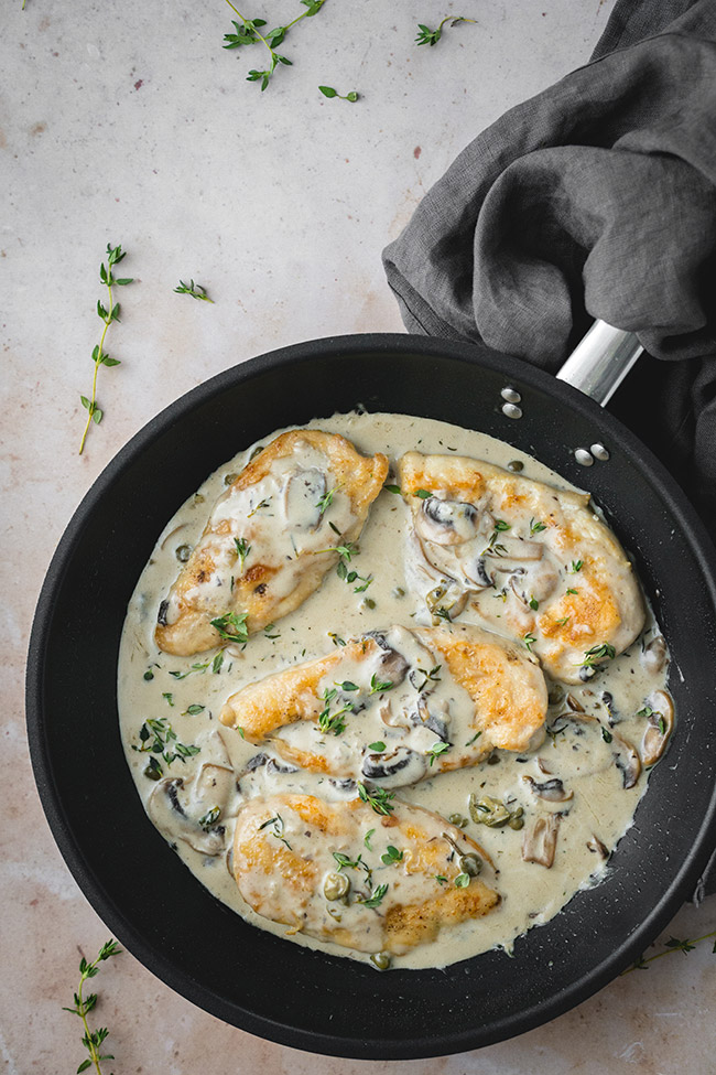 Chicken Scallopini With Mushroom Cream Sauce Yummy Addiction