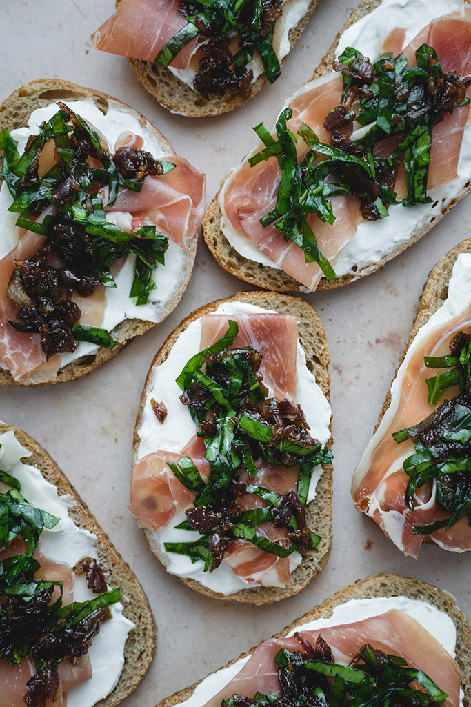 Goat Cheese And Prosciutto Crostini | YummyAddiction.com