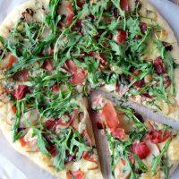 Pear Prosciutto Arugula Pizza