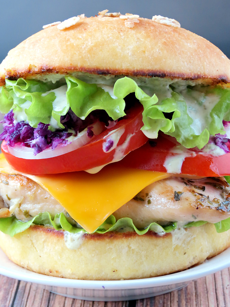 Chicken Burger With Pesto Yogurt Sauce | YummyAddiction.com