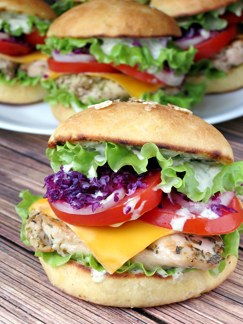 Chicken Burgers With Yogurt Pesto Sauce | YummyAddiction.com