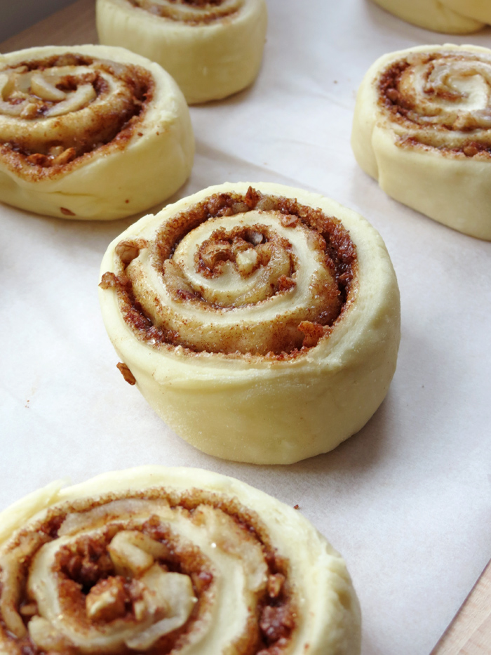 How to make Cinnamon Rolls | YummyAddiction.com