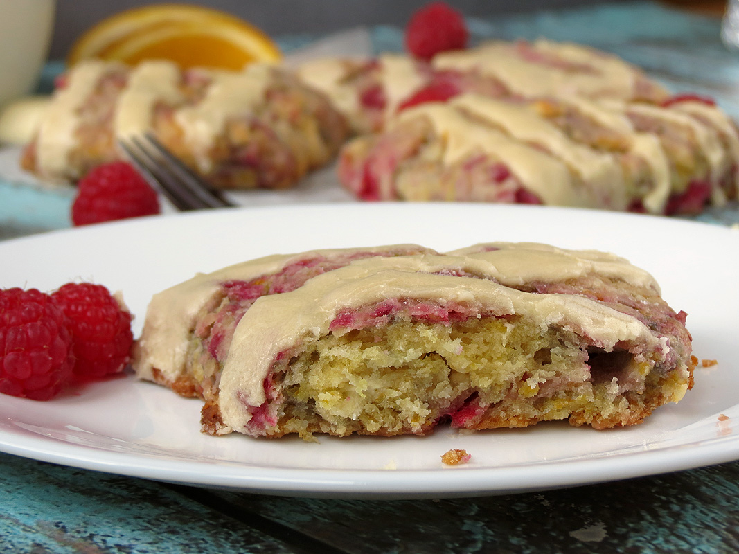 Raspberry White Chocolate Scones | YummyAddiction.com
