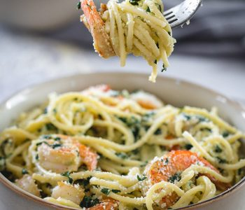 Easy Shrimp Kale Pasta