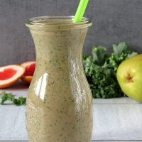 Kale Smoothie With Grapefruit, Pear And Strawberries
