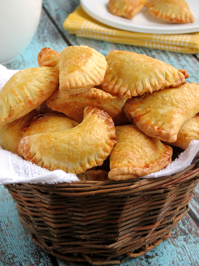 Mini Pumpkin Empanadas | YummyAddiction.com