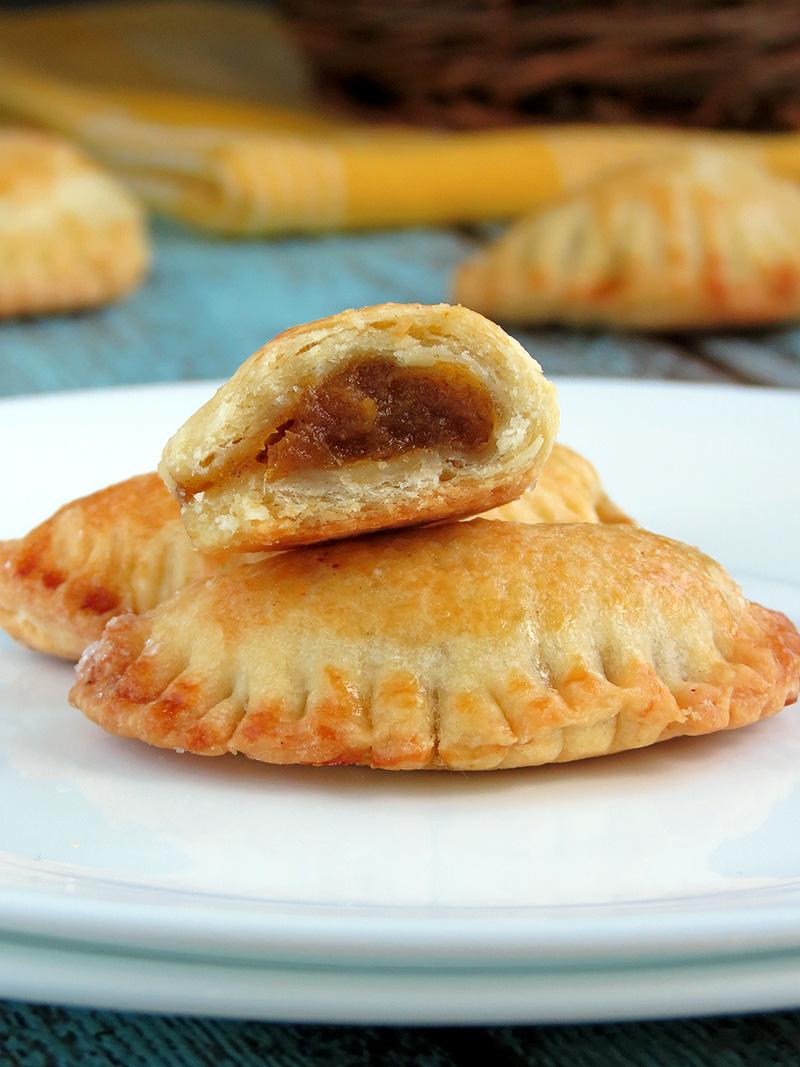 Pumpkin Empanadas (Hand-Pies) | YummyAddiction.com