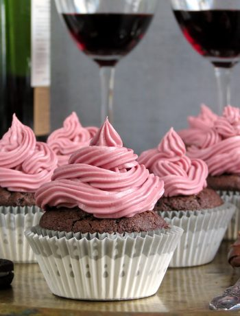 Oreo Red Wine Nutella Cupcakes With Nutella & Oreo Filling And Red Wine Frosting