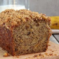 Perfectly Moist Banana Bread With Crunchy Streusel Topping