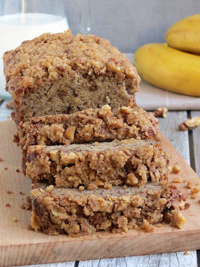 Super Moist Banana Bread With Crunchy Topping | YummyAddiction.com