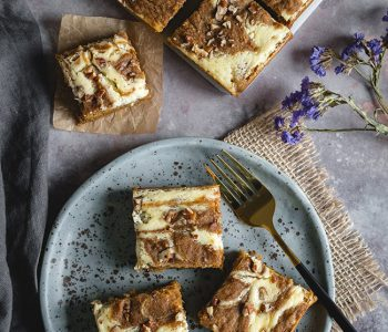 Cheesecake Swirled Pumpkin Roll Bars