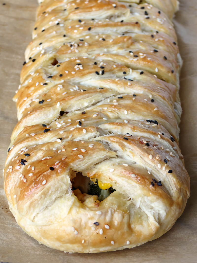 Chicken And Broccoli Braid | @yummyaddiction