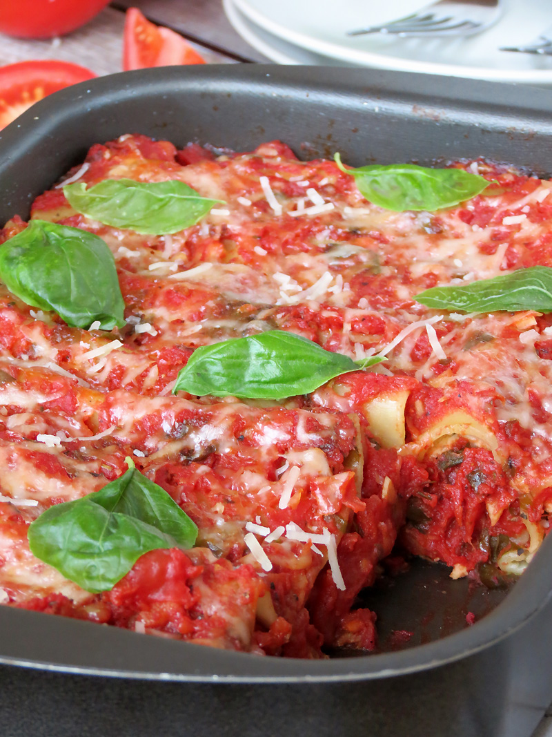 Chicken Cannelloni With Spinach And Ricotta | @yummyaddiction