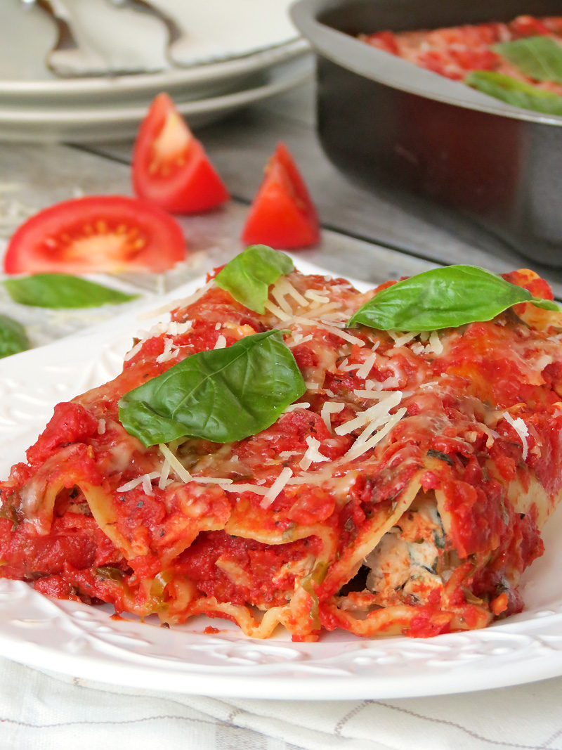 Chicken, Spinach And Ricotta Cannelloni | @yummyaddiction