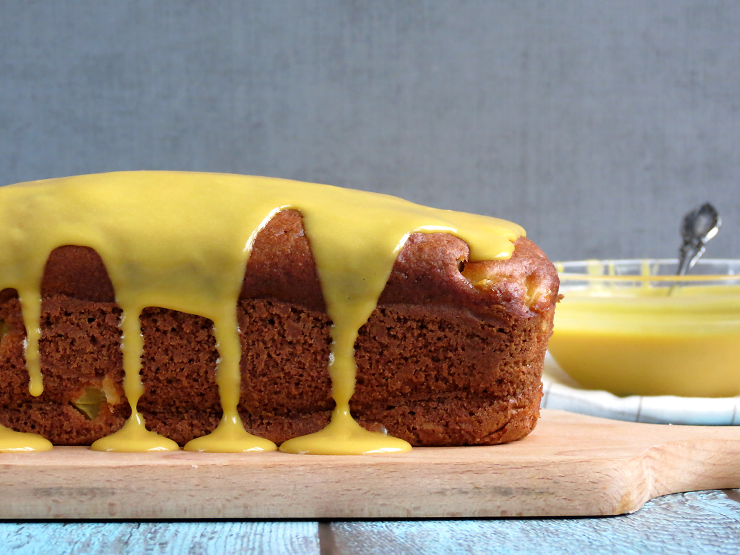 Mango Pumpkin Bread With Mango Curd | @yummyaddiction