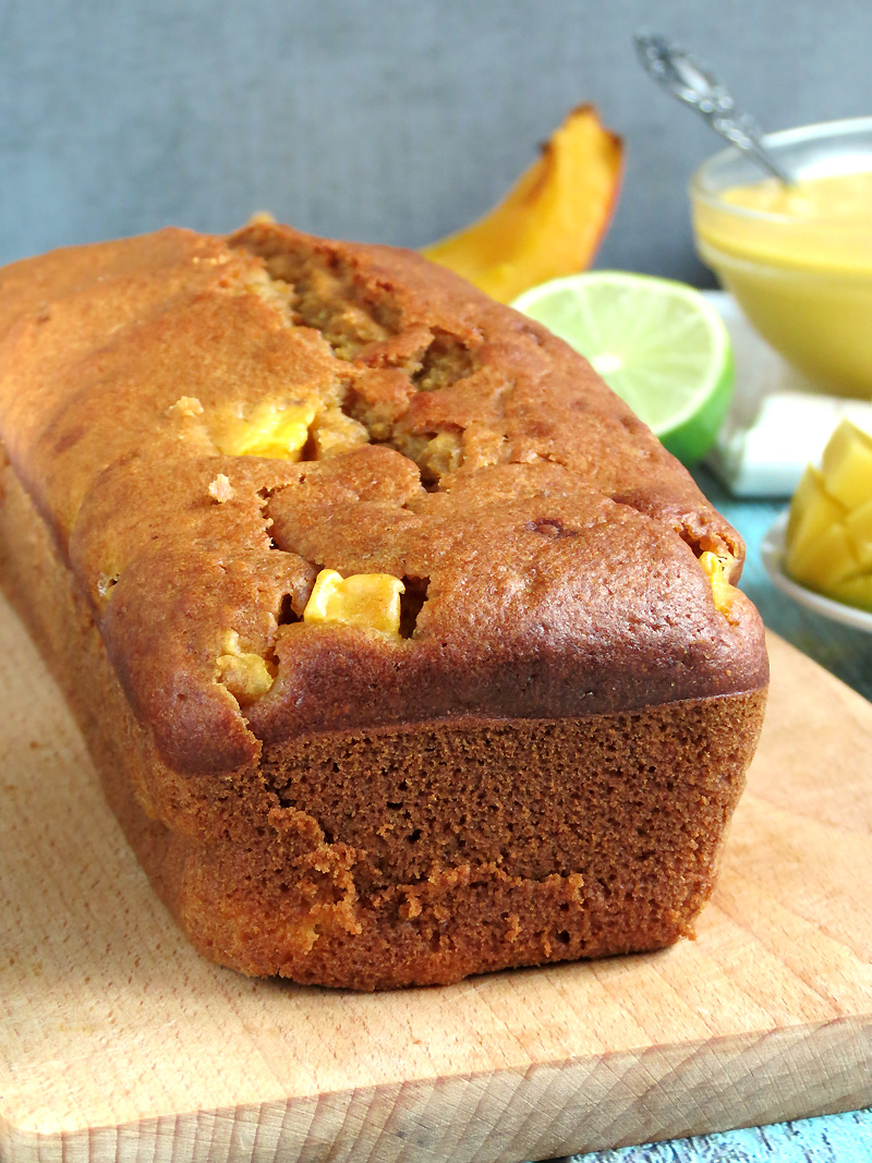 Pumpkin Mango Bread | @yummyaddiction