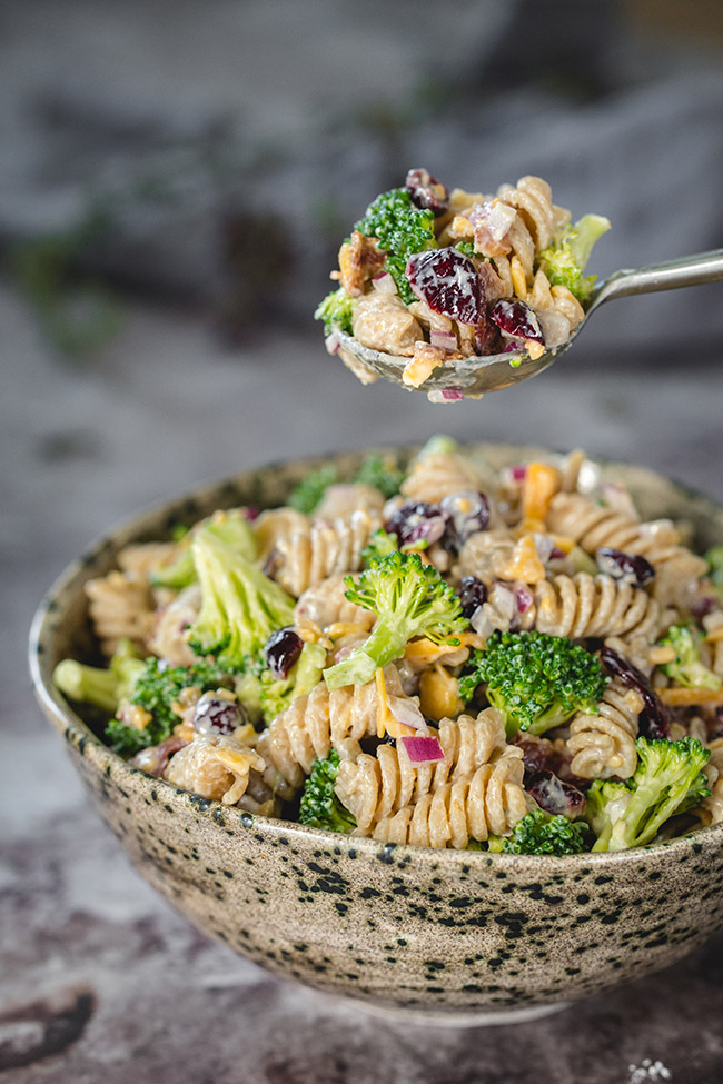 broccoli cranberry pasta salad yummyaddiction