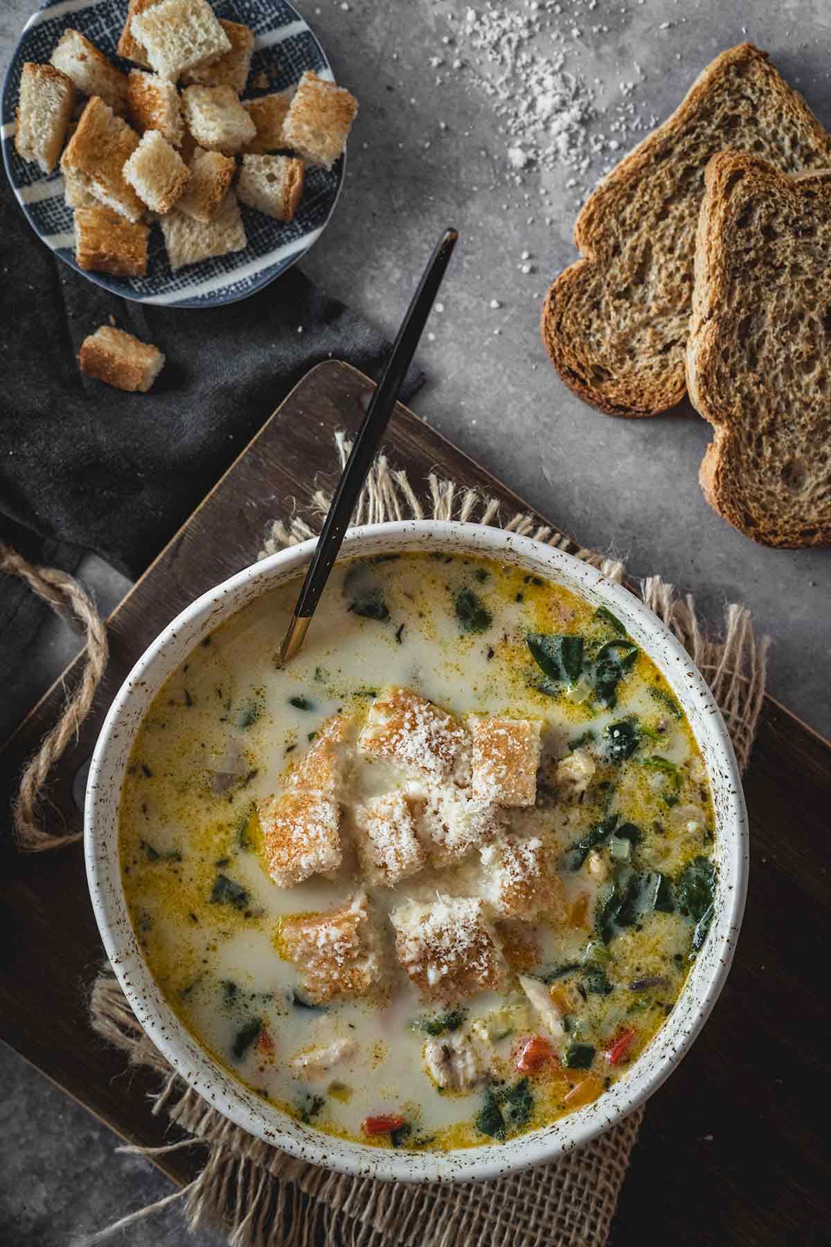 Comforting Chicken Florentine Soup | @yummyaddiction