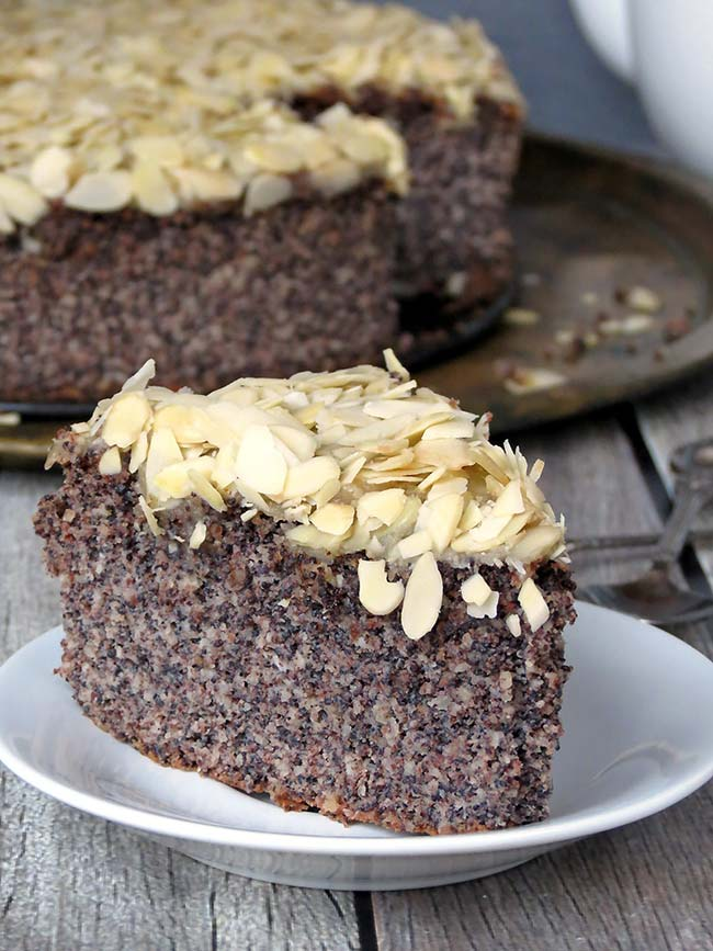 Poppy Seed Layer Cake Recipe