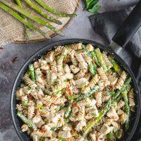 Creamy Chicken, Prosciutto & Asparagus Pasta