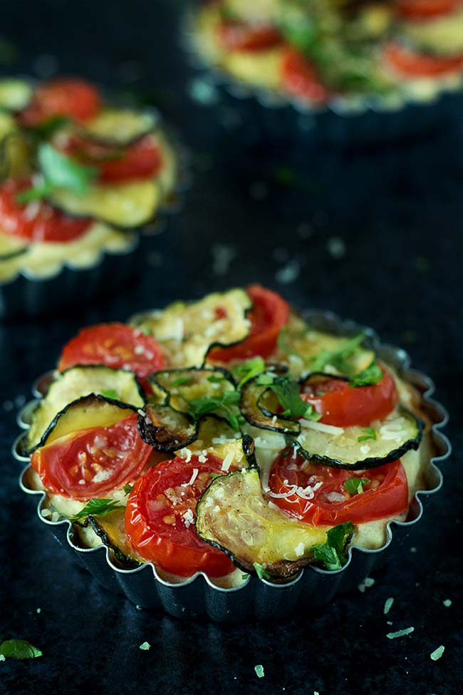 Zucchini, Tomato And Ricotta Tartlets | yummyaddiction.com