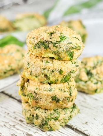 3-Ingredient Spinach Egg Muffins