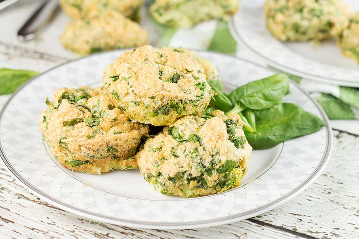 These Spinach Egg Muffins require only 3 ingredients to make + 5 minutes of your time to prepare! Perfect as a make-ahead breakfast or as a snack! | yummyaddiction.com