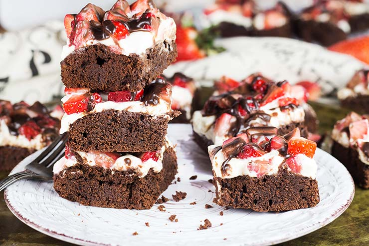 Strawberry cheesecake brownies on a plate