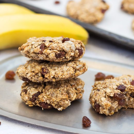 These Instant Oatmeal Cookies make a perfect healthy breakfast or snack. Packed with bananas, sunflower seeds, raisins, and coconut, they are also easy and quick to make! #glutenfree #vegan | yummyaddiction.com