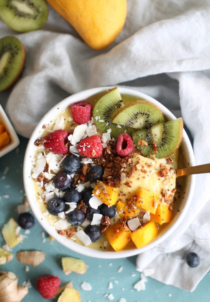 24 Light Breakfast Ideas To Start Your Day Off Right! #breakfast #healthy | yummyaddiction.com