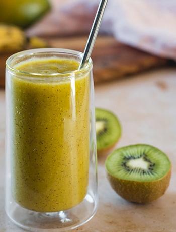 Kiwi Mango Smoothie with Banana & Lime