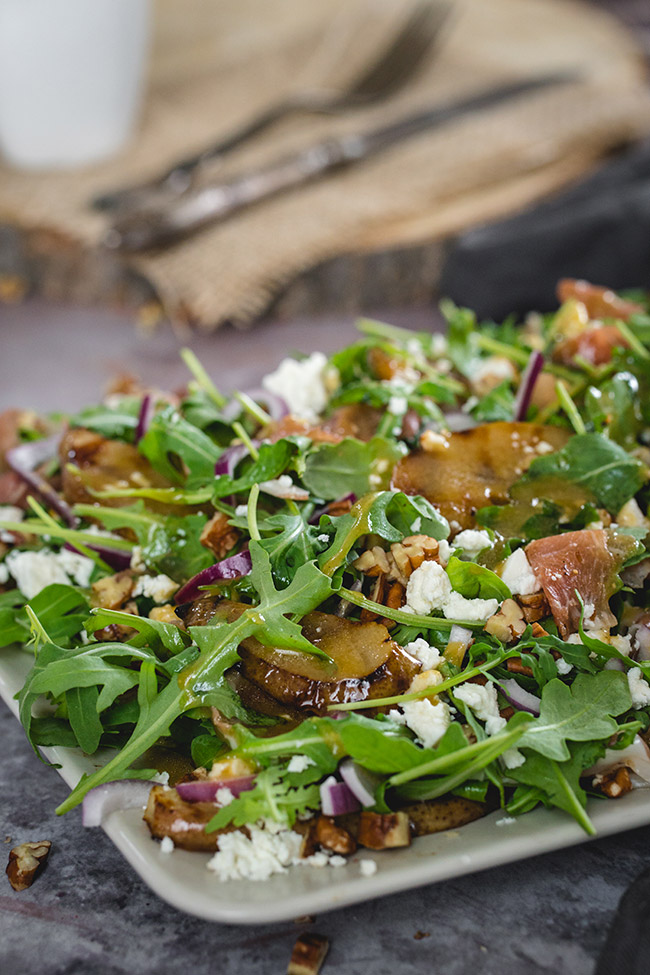 Easy grilled pear salad