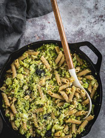 Pan of creamy romanesco pasta