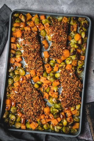 Almond Crusted Cod Sheet Pan Dinner