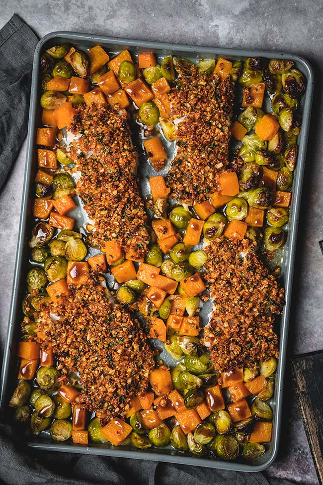 Sheet pan almond crusted cod with roasted balsamic vegetables