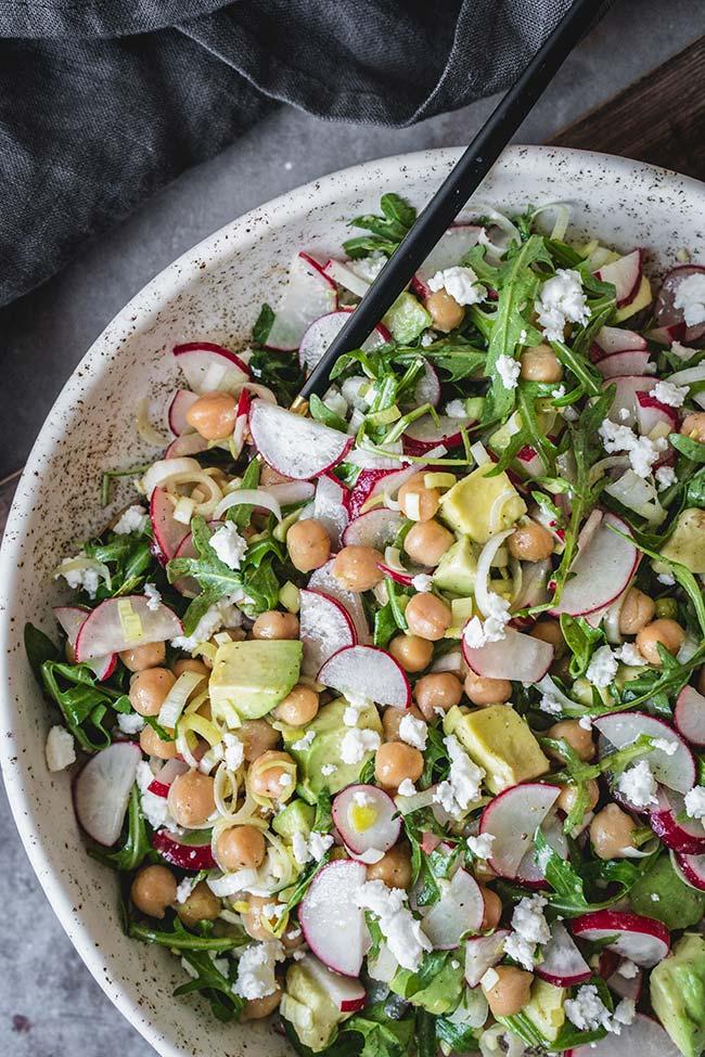 Feta cheese, leek, and arugula salad